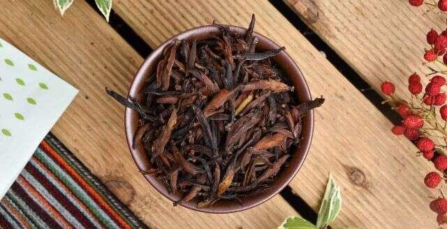 2020 Crassicolumna Yabao Black Tea