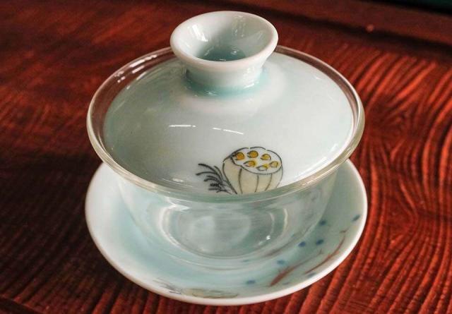 Glass & Porcelain Lotus Gaiwan