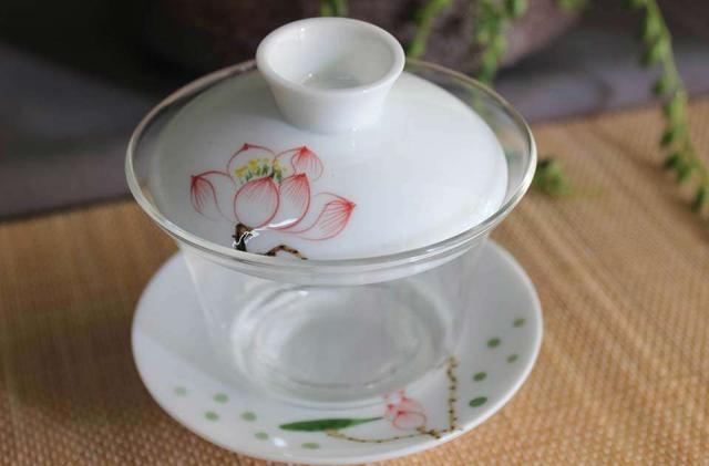 Glass & Porcelain Tall Lotus Gaiwan