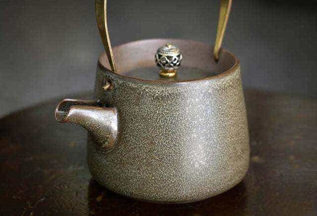 Green Stoneware Tea Pot