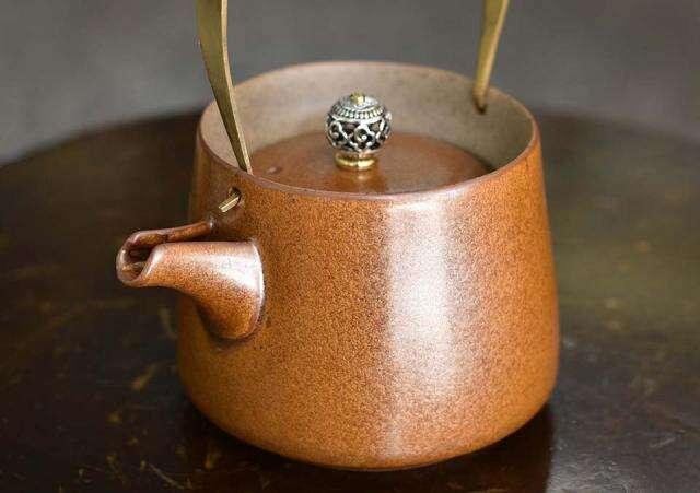 Orange Stoneware Tea Pot