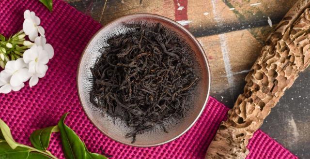 2019 Old Tree Wuyi Gongfu Black