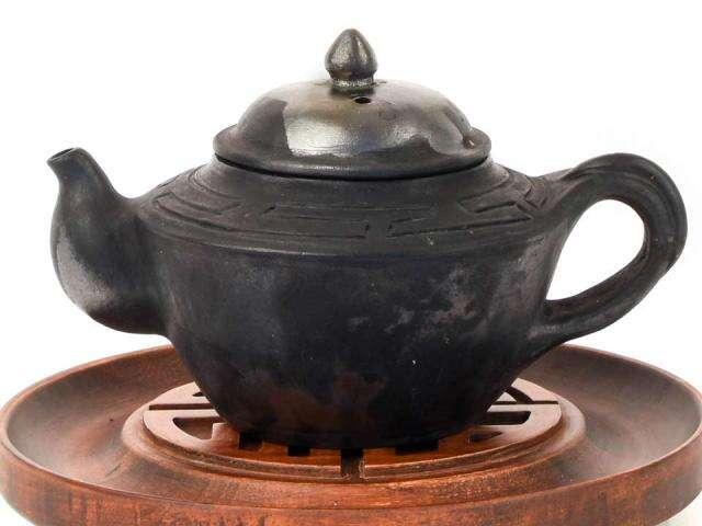 Masterwork Nixi Pottery Endless Knot Samsara Pot