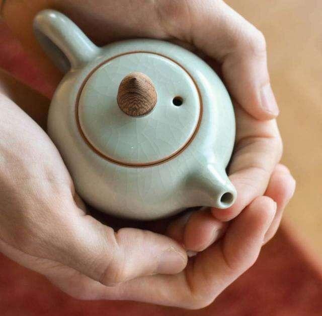 Acorn Celadon Tea Pot