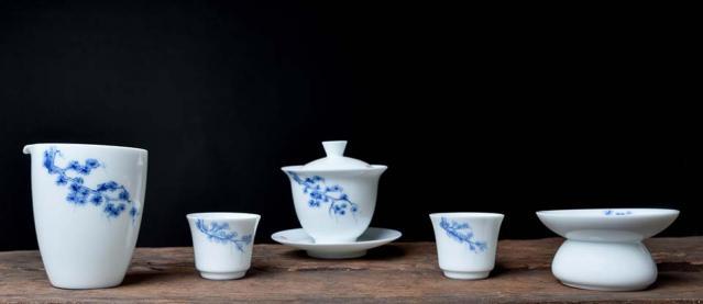 Freeform Branch Porcelain Tea Set