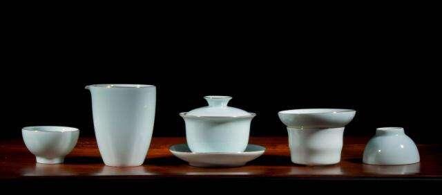 Gilded White Porcelain Tea Set