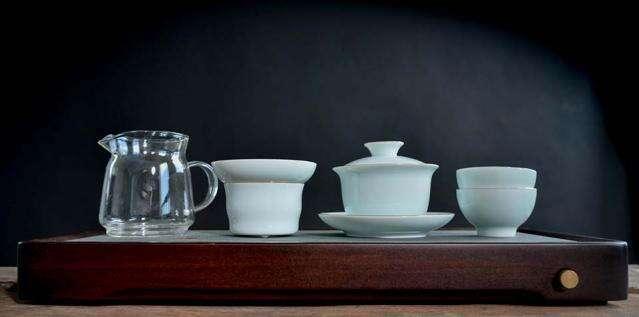 Gilded Porcelain Full Gongfu Set