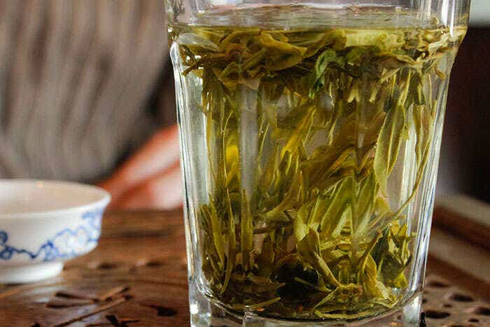 dragonwell-in-glass-1386-LARGE