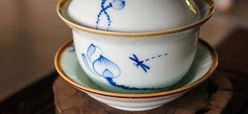 Jingdezhen Tall Natural Edge Dragonfly Gaiwan