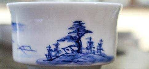 Jingdezhen Hand Painted Lake House Cup