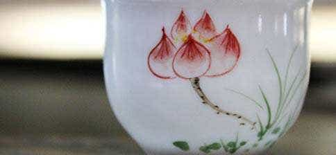 Jingdezhen Red Lotus Flared Bubble Cup