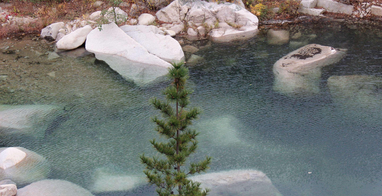 Laoshan's famous mountain spring water