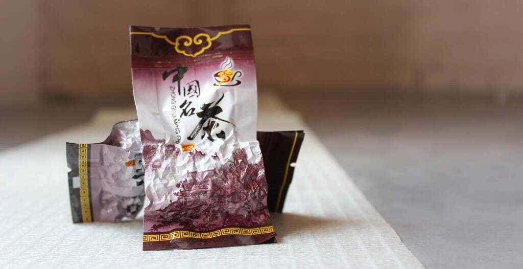 Master Zhang's Reserve Mao Xie is pre-packed into individual 5 gram serving sizes.